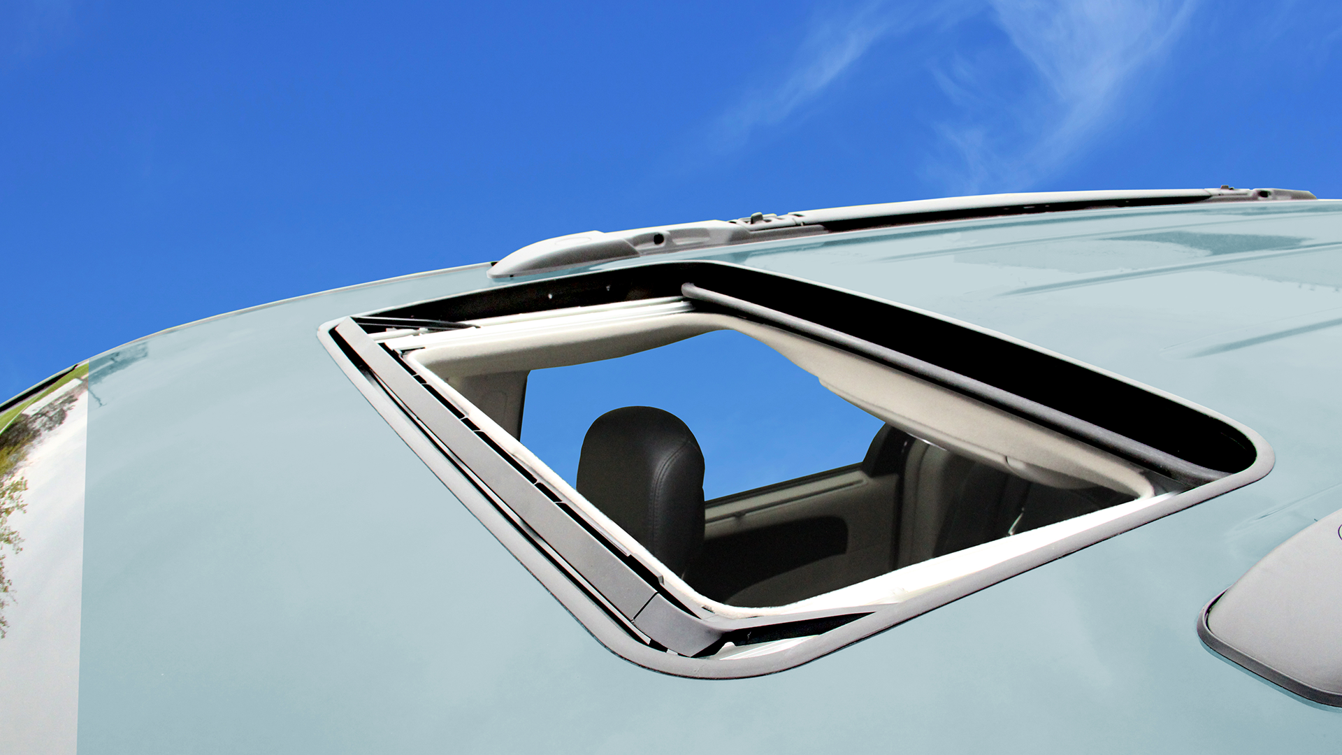 Inbuilt Sunroofs on